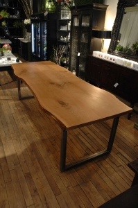 live edge dining table_100
